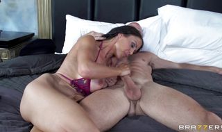 Hot-tempered brunette floozy McKenzie Lee asked stud to fuck her ass until she starts screaming from pleasure
