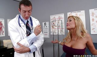 Inviting Shyla Stylez has had her ass fucked before but never by a prick so large