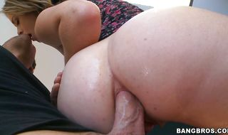 Salacious babe Sierra Sanders bends over to get her round booty banged strong