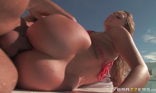 Spicy woman Mia Malkova got anal fucked the way she always wanted through a glory ass