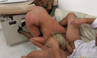 Sugary blonde honey Phoenix Marie has her tits and ass fucked