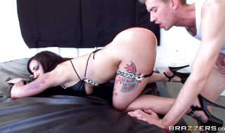Prodigious beauty Dollie Darko flashes her smooth bum before being intensely drilled