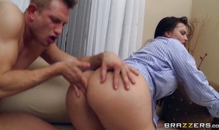 Enchanting Mackenzee Pierce with curvy tits has a perfectly tight booty that bf likes more than anything